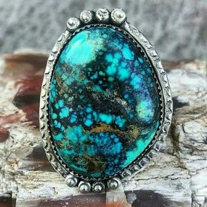 Jewelry - HUGE Native American Turquoise Ring